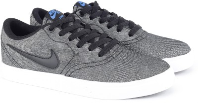 Nike NIKE SB CHECK SOLAR CNVS Canvas Shoes For Men(Grey) 1