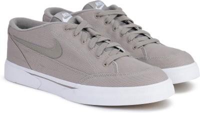 Nike NIKE GTS '16 TXT Sneakers For Men(Beige) 1