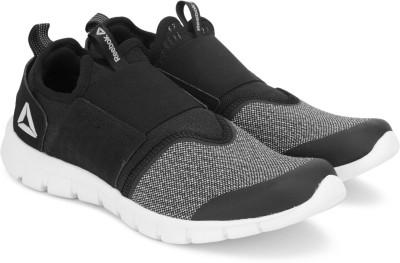 https://rukminim1.flixcart.com/image/400/400/jic0u4w0/shoe/x/s/y/hurtle-slip-on-ss18-10-reebok-black-white-original-imaf65h3fdhpth7f.jpeg?q=90