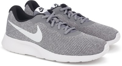 Nike NIKE TANJUN SE Sneakers For Men(Multicolor) 1