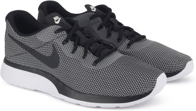 Nike NIKE TANJUN RACER Running Shoes For Men(White, Black) 1