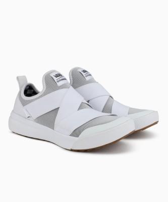 Vans UltraRange Gore Sneakers For Men(White) at flipkart
