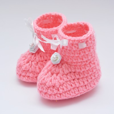 Love Crochet Art soft bottom comfortable warm pinkcrochet baby booties 6-12 month baby Booties(Toe to Heel Length - 10 cm, Pink)