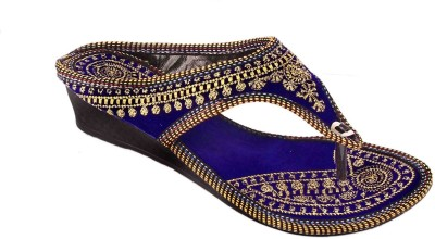 AMAZING TRADERS Women Gold, Navy Wedges