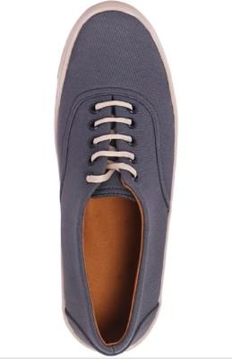 https://rukminim1.flixcart.com/image/400/400/jkobte80/shoe/d/y/x/vfgysr75sh-40-vilayatiya-fashion-grey-original-imaf7y2dppqfnbhy.jpeg?q=90