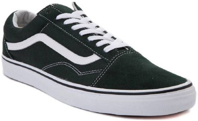 074f277e94 48% OFF on Vans Old Skool Sneakers For Men(Black) on Flipkart ...