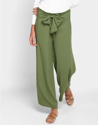 Ann Springs Women's Green Trousers