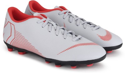 Nike VAPOR 12 CLUB Football Shoes For Men(Grey)