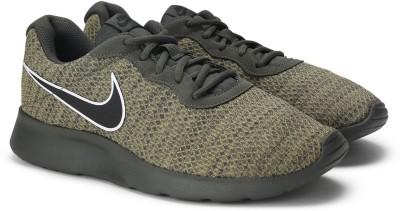 Nike TANJUN PREM Sneakers For Men(Green) 1