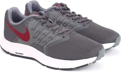 Nike RUN SWIFT Running Shoes For Men(Grey) 1