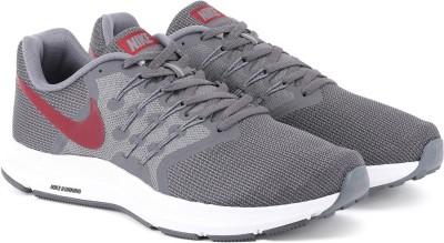 Nike NIKE RUN SWIFT Running Shoes For Men(Grey) 1