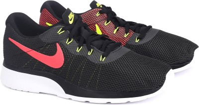 Nike TANJUN RACER Sneakers For Men(Multicolor)