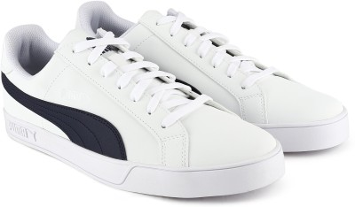 Puma Puma Smash Vulc Sneakers For Men(White, Black)