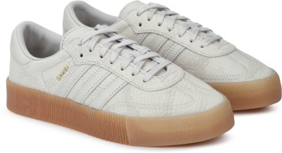 ADIDAS ORIGINALS CBROWN/CBROWN/GUM3 Running Shoes For Women(Beige) at flipkart