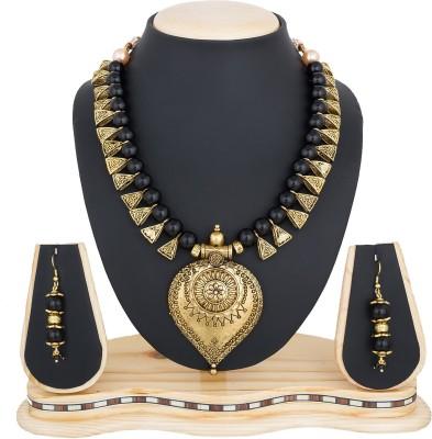 LUXOR Alloy, Glass Jewel Set Gold, Black LUXOR Jewellery Sets