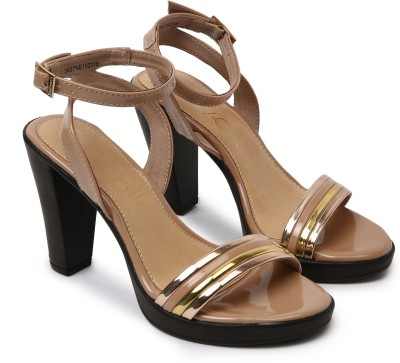 Catwalk Women NUDE Heels