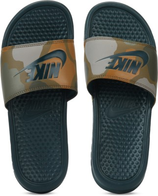 Nike Slides 1