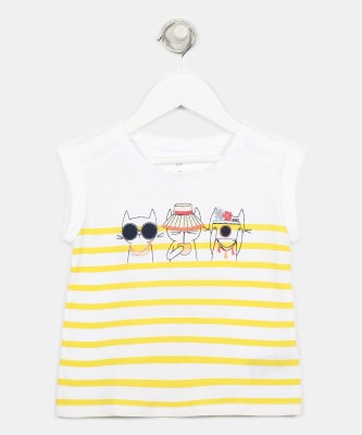 GAP Girls Printed Cotton Blend T Shirt(Multicolor, Pack of 1) at flipkart