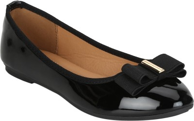 Mode By Red Tape Bellies For Women(Black)