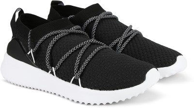 ADIDAS ULTIMAMOTION Running Shoes For Women(Black) at flipkart