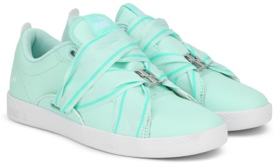 Puma Smash Wns Buckle Sneakers For Women(Green) at flipkart