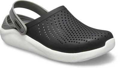 Crocs Men Black, Grey Sandals