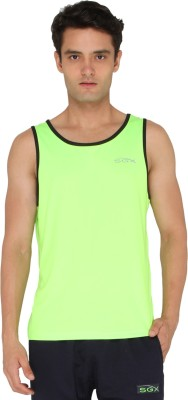 SGX Solid Men Round Neck Green T-Shirt at flipkart