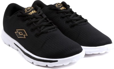 Lotto VERTIGO W Running Shoes For Women(Black) at flipkart