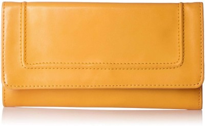 Baggit Casual Yellow  Clutch at flipkart