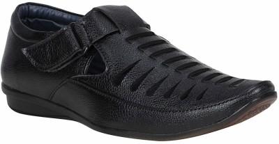 SHOE ISLAND Men Black Casual SHOE ISLAND Sandals   Floaters
