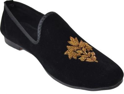 VelourIndia Velvet Designer Shoe Special Design Casuals For Men(Grey)