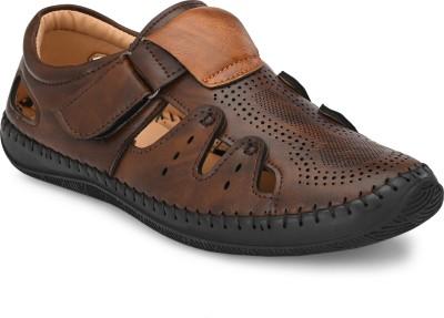 BUCIK Men Brown Sandals