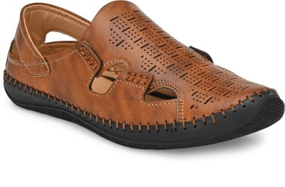 BUCIK Men Tan Sandals