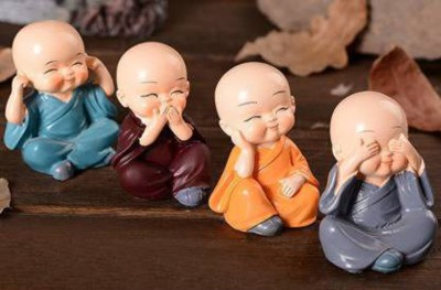 GS Grow n Shine BUDDHA MONK SET OF 4 Decorative Showpiece  -  5 cm(Polyresin, Multicolor)