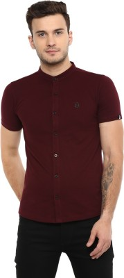 Urbano Fashion Men Solid Casual Maroon Shirt
