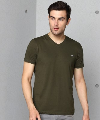 Metronaut Solid Men V Neck Dark Green T-Shirt