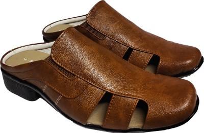 RAGE GAZE Men Brown Sandals