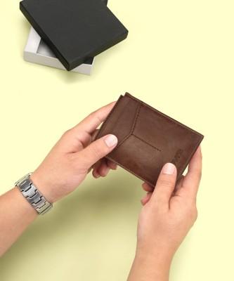 LEVI'S Men Tan Genuine Leather Wallet 3 Card Slots
