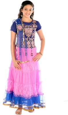 8af994bbff 72% OFF on Saarah Girls Lehenga Choli Ethnic Wear Self Design Lehenga, Choli  and