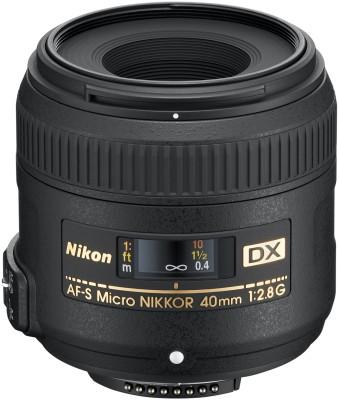 Nikon AF-S DX Micro NIKKOR 40mm f/2.8G  Lens at flipkart