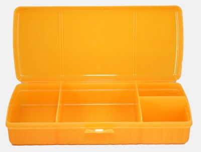 Tupperware sandwich keeper 4 Containers Lunch Box(1000 ml) at flipkart