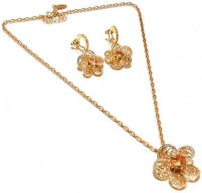 Sanaa Creations Alloy Necklace Set at flipkart