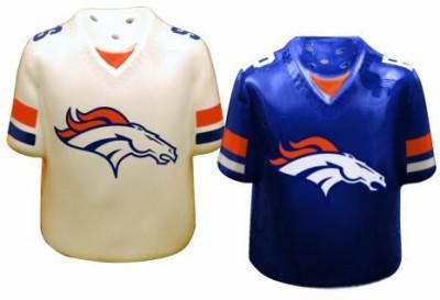 The Memory Company Denver Broncos Gameday Salt And Pepper Shaker at flipkart