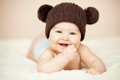 https://rukminim1.flixcart.com/image/400/400/poster/8/y/z/cute-baby-poster-2-pcs-poster-smiling-new-born-infant-child-love-original-imaejf3fn2vghghg.jpeg?q=90
