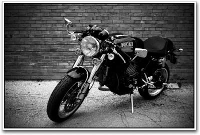 https://rukminim1.flixcart.com/image/400/400/poster/s/v/f/ducati-super-bike-black-and-white-ps1510-small-original-imadyytdqrt5vn4u.jpeg?q=90