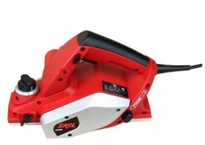 Black-&-Decker-KW712-Wood-Planer