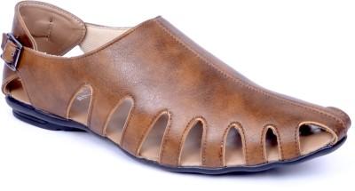 Peponi Men Beige Sandals at flipkart