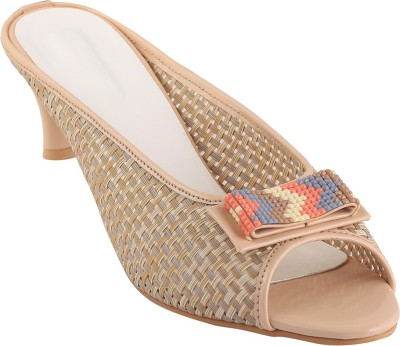 Go India Store Women Brown Heels at flipkart