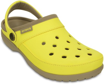 Crocs Women Sunshine/Tumbleweed Clogs at flipkart
