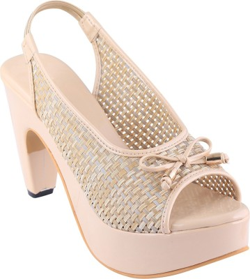 Go India Store Women Beige Heels at flipkart